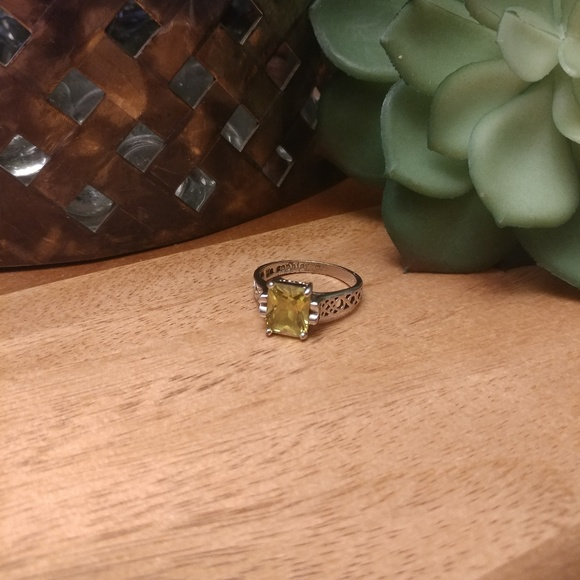 Lia Sophia Jewelry - Lia Sophia peridot ring